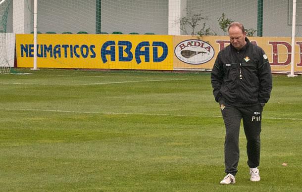 L'entraîneur démis en décembre, Pépe Mel.